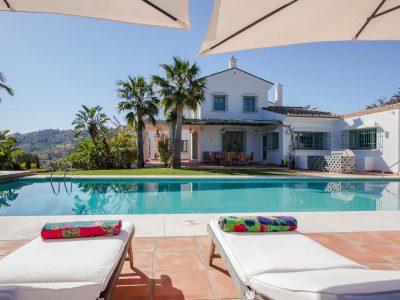 Villa Flandes, Luxury Villa for Rent in La Mairena, Marbella