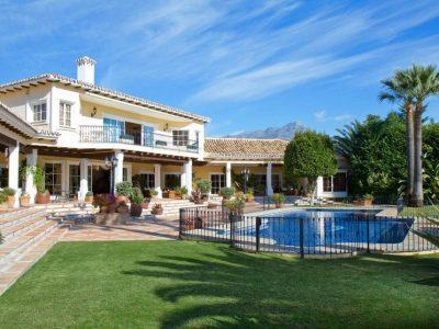 Villa Laranova, Luxury Villa for Rent in La Quinta, Marbella