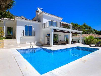Modern Villa in Cascada de Camojan, Marbella