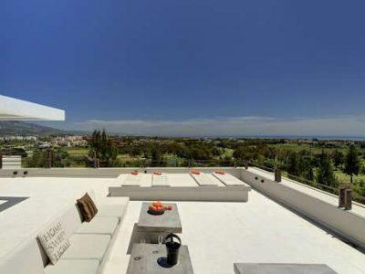 Stunning frontline golf villa with panoramic views 02